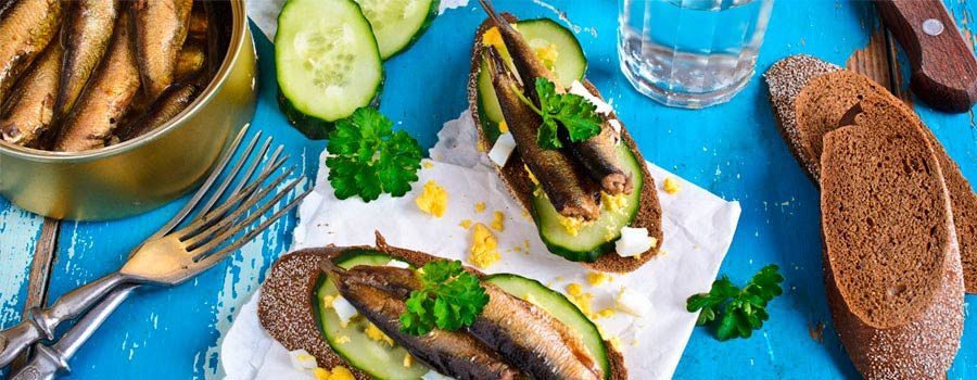 estonia sprat sandwich traditional food