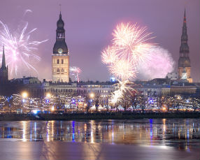 Old Town during the Christmas time in Riga x