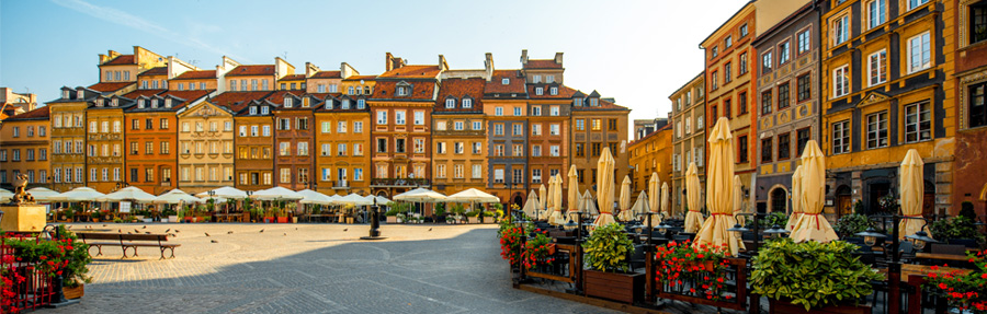 Travel-to-Poland,-Tour-around-Baltic-States