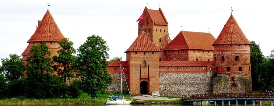 trakai-castle-2719711_1920 (1)