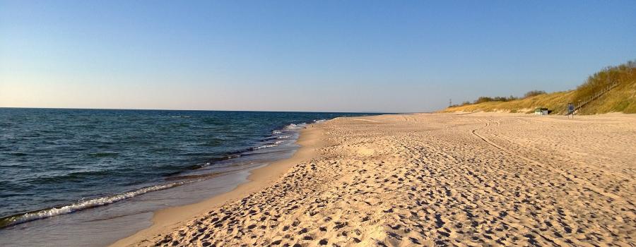 beach-429749_1920-2